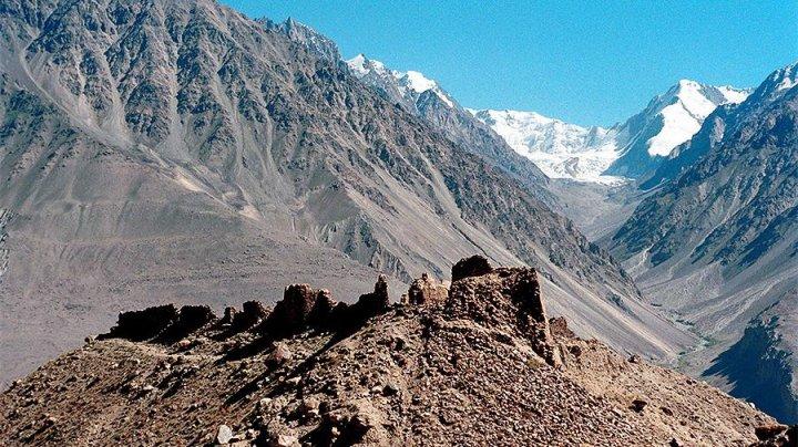 В горах Таджикистана спасены четыре израильских туриста