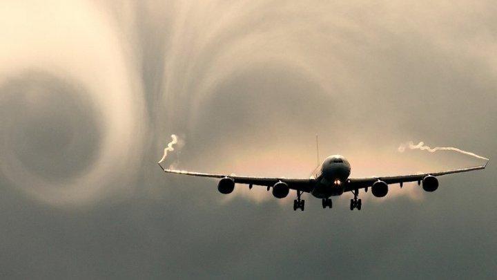 В Германии 13 пассажиров самолета Eurowings пострадали из-за турбулентности