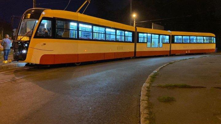Самый длинный трамвай в Украине испытали в Одессе