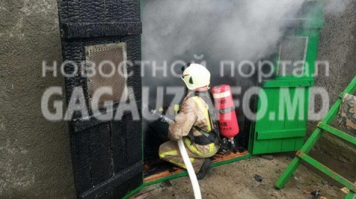 Пожар в Вулканештах: во дворе дома загорелся сарай (ФОТО)