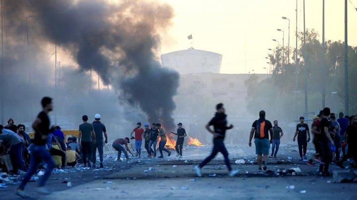 В протестах в Ираке погибли 100 человек