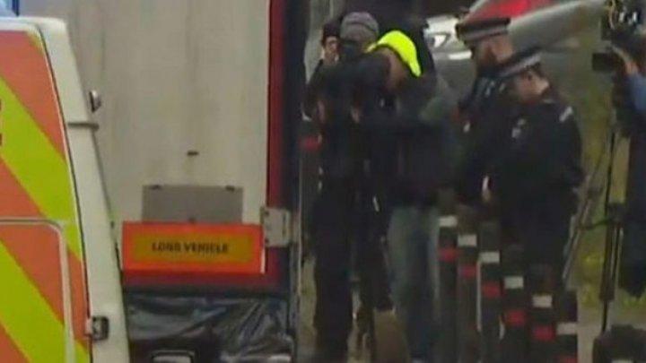 Задержаны подозреваемые по делу о гибели 39 мигрантов в грузовике