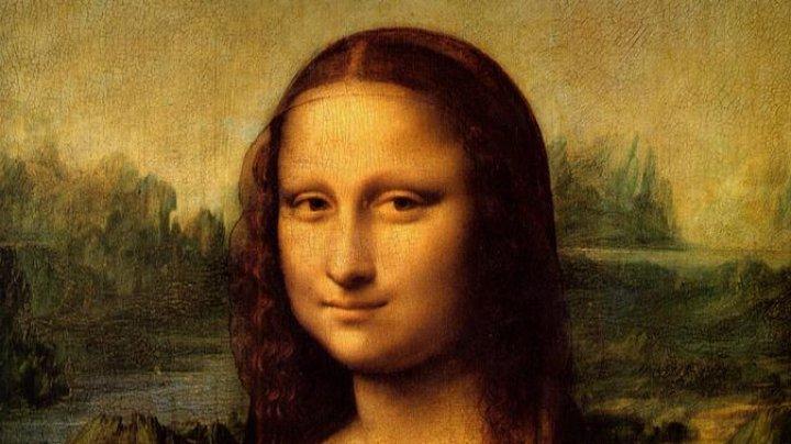 """Возвращение Джоконды: """"Мону Лизу"""" вернули на прежнее место в Лувре"""