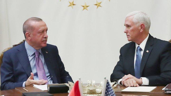 Соединенные Штаты и Турция договорились о приостановке военных действий на пять дней на севере Сирии