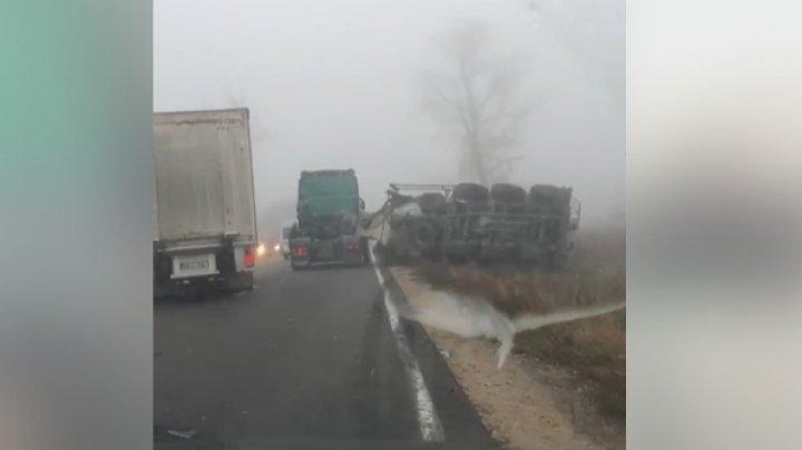 Густой туман спровоцировал цепную аварию в Хынчештском районе (ФОТО)