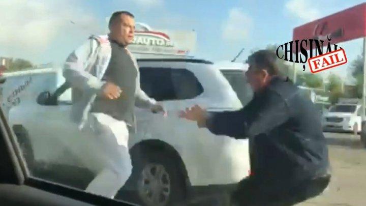 Все началось с пощечины: таксисты, которых наказали за дорожный инцидент рассказали свою версию