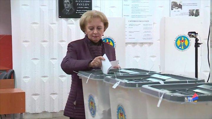 Зинаида Гречаный: Надеюсь, что народ изберет хозяйственника, а не того, кто использует должность, как политический трамплин