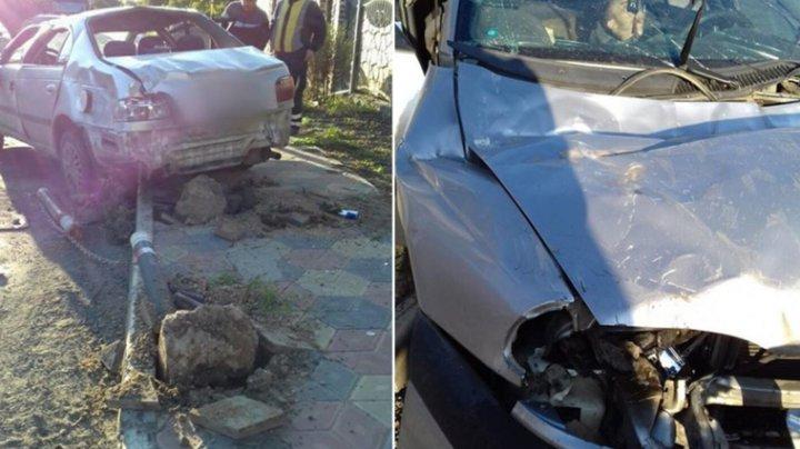 Авария в Яловенах: двое молодых людей госпитализированы в БСМП
