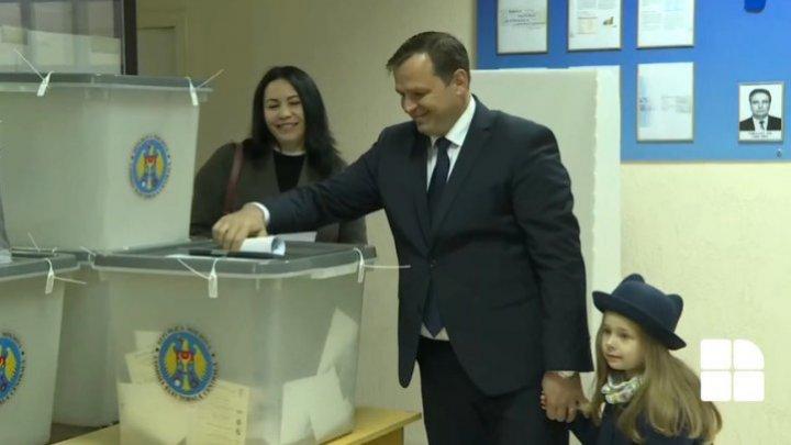 Андрей Нэстасе после того, как проголосовал: Сегодня будет иначе, чем вчера