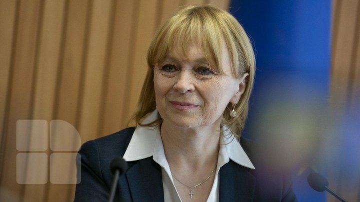 Детский дом, которого нет: министр Алла Немеренко откликнулась на призыв о помощи, не проверив информацию