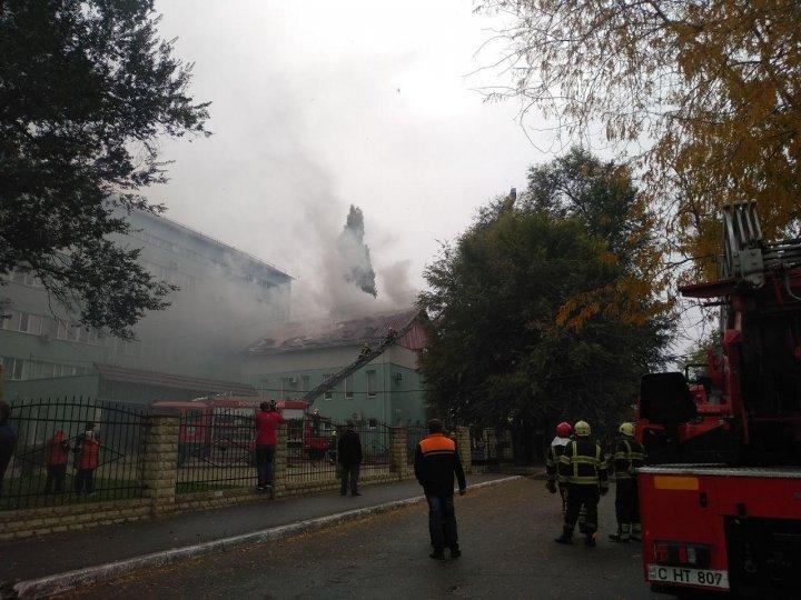 Пожар в столице: загорелась столовая Центра профилактической медицины
