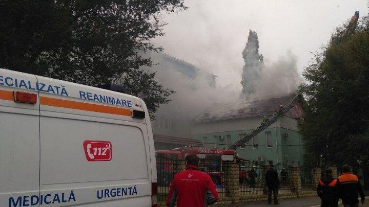 Спасатели назвали возможную причину пожара в Центре профилактической медицины