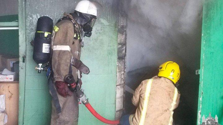 Крупный пожар в Бендерах: на борьбу с огнем ушло несколько часов