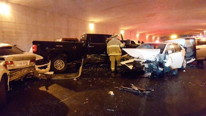 Цепная авария в Канаде: пострадали 27 человек