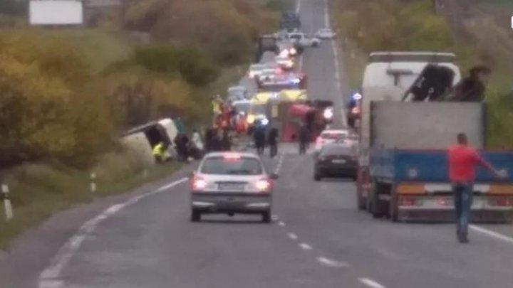 В Словакии столкнулись автобус и грузовик: 13 человек погибли