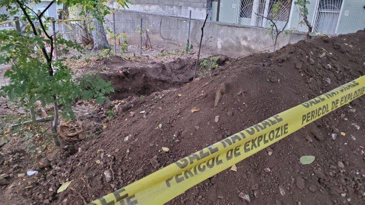 Паника в Кишиневе: двор одной из многоэтажек оцеплен (ФОТО, ВИДЕО)