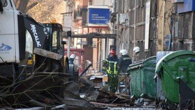 Траур в Одессе: спасатели продолжают поиски пропавших на месте пожара в колледже