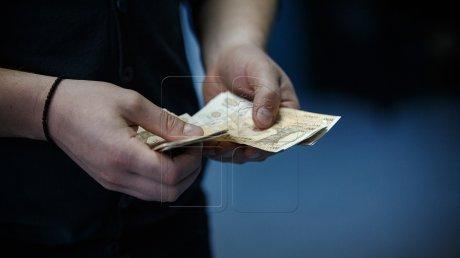 По делу о коррупции с выдачей водительских прав задержаны еще три человека
