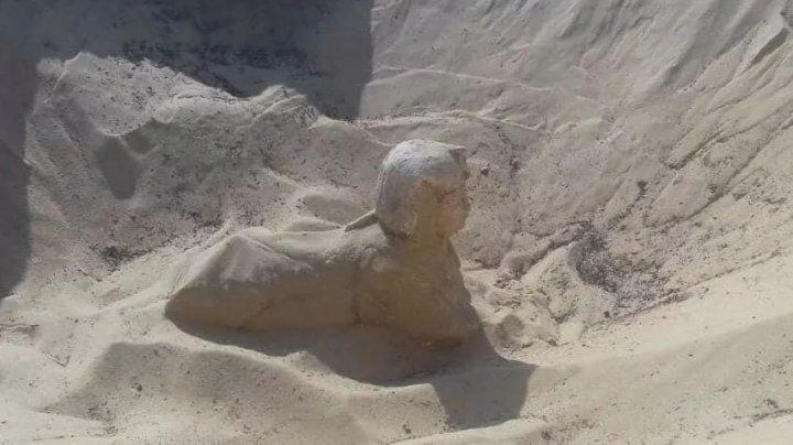 Археологи раскопали новую статую сфинкса в Египте