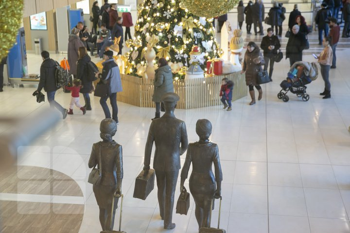 Все готово к встрече Нового года: кишиневский аэропорт дарит праздничное настроение пассажирам (ФОТОРЕПОРТАЖ)