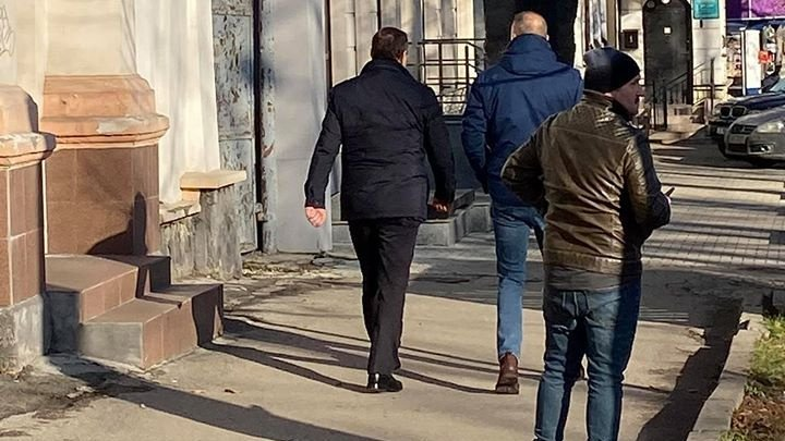 Влада Филата заметили на улице в центре столицы (ФОТО)
