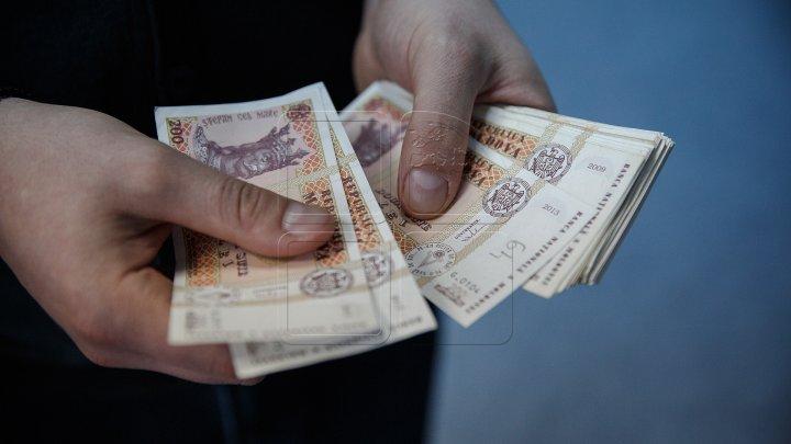 Зарплаты почти 50 тысяч молдавских врачей и медработников вырастут с 1 апреля на 10%