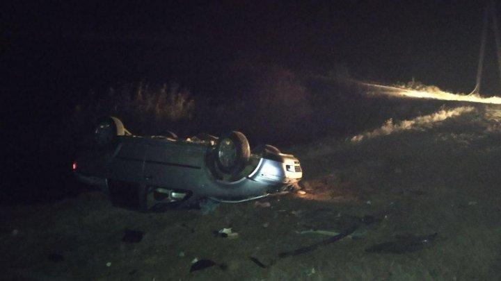 Смертельная авария в Унгенском районе: машина перевернулась, два человека погибли (ФОТО)