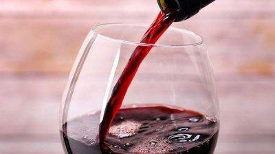 Виноделы под ударом: продажи некоторых молдавских предприятий снизились на 80%