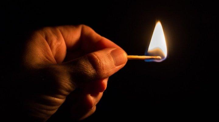 Украинец пытался сжечь жену и троих детей