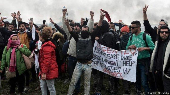 """Волна протестов в Греции из-за беженцев: """"Ситуация полностью вышла из-под контроля"""""""