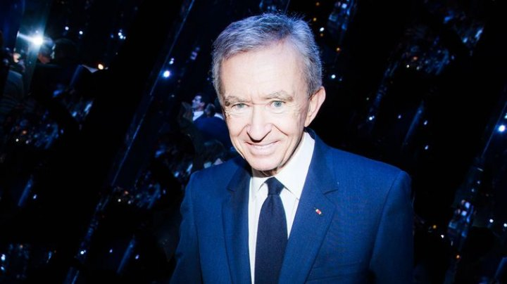 Продавец роскоши Бернар Арно занял первое в рейтинге миллиардеров Forbes