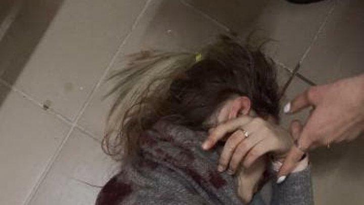В Киеве мужчина 17 раз ударил девушку ножом после попытки её изнасиловать