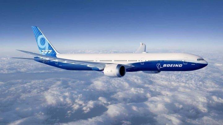 Главу компании Boeing уволили без выходного пособия