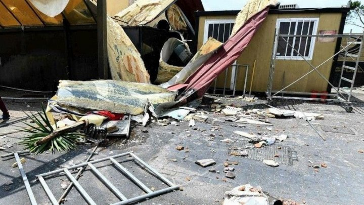 Торнадо сорвал крышу школы в штате Южная Каролина: есть пострадавшие