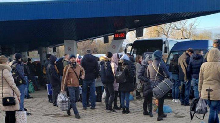 """""""Кому нужно, тот пойдет и купит билет"""": водители междугородних рейсов уверены - пассажиры будут при любом раскладе"""