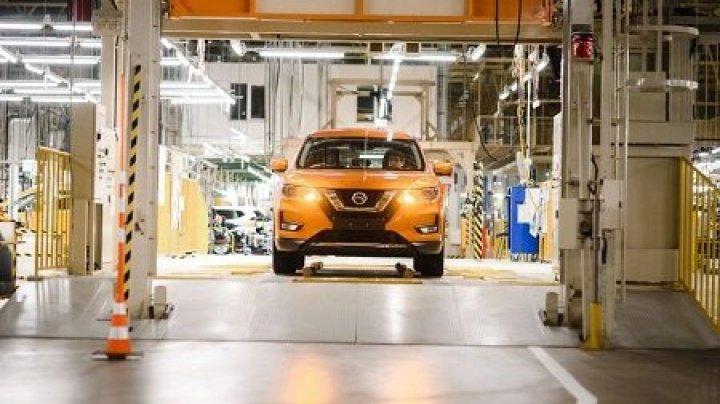 Nissan останавливает работу своих заводов по всему миру