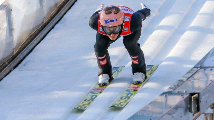 Австриец Штефан Крафт укрепил лидерство на Кубке мира по прыжкам с трамплина