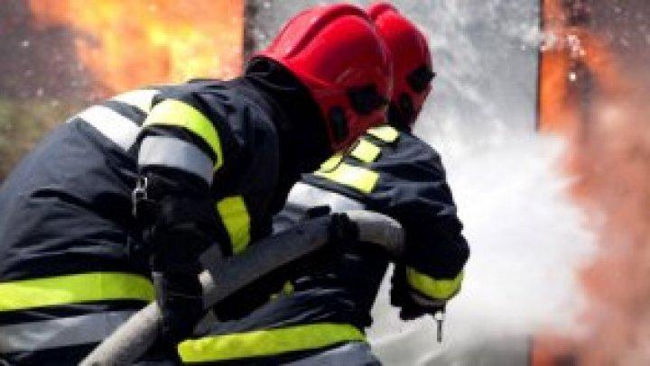 Пожар в Парканах: на 70-летней женщине загорелась одежда (ФОТО)
