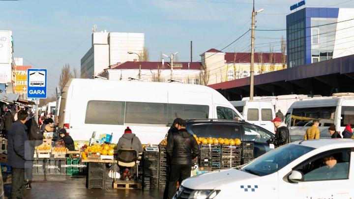 Протест на Центральном автовокзале: торговцы считают, что их хотят выжить с территории