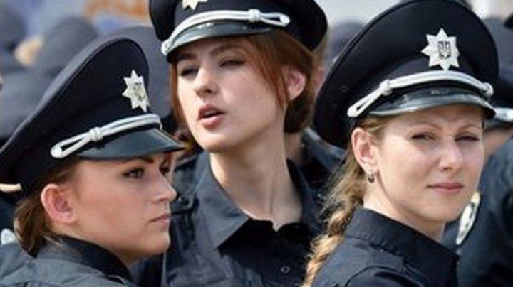 """В Киеве мужчина избил полицейскую, которая не приняла его """"ухаживания"""""""