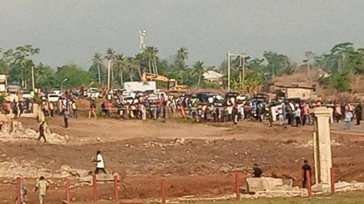 В Нигерии назвали причину взрыва, который разрушил сотню домов