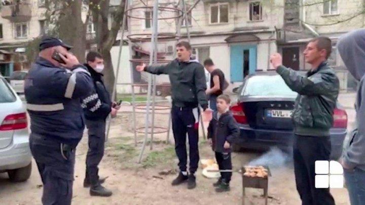 Мясо не с дымком, а со слезоточивым газом: в столице задержали молодых людей, которые жарили шашлыки во дворе (ВИДЕО)