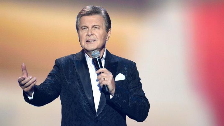Лев Лещенко передал музыкальный привет из больницы, где проходит лечение от коронавируса