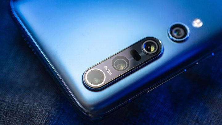 Xiaomi Mi 10 представлен в Европе: цена на смартфон зашкаливает