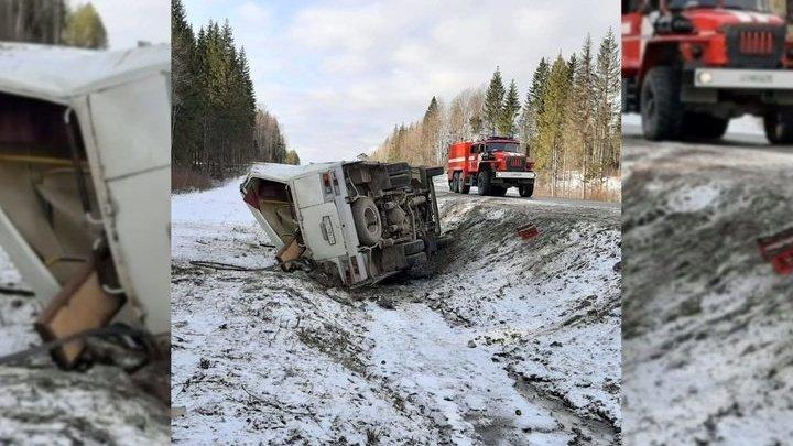 Вылетевшую в окно пассажирку насмерть придавило автобусом под Архангельском