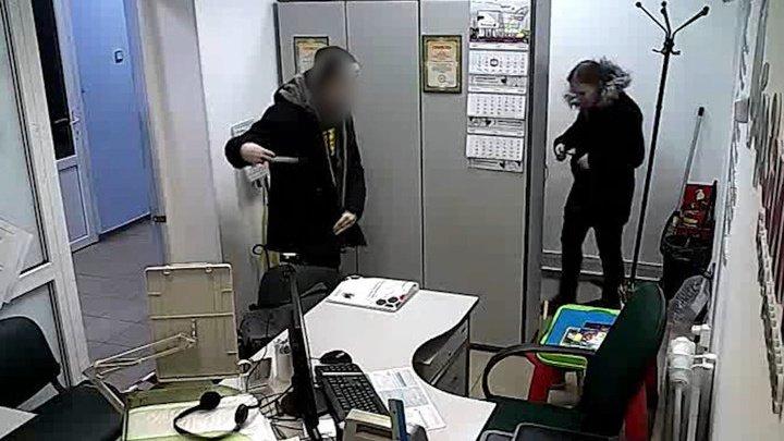 """""""Простите, пожалуйста!"""": в России поймали самого вежливого грабителя"""