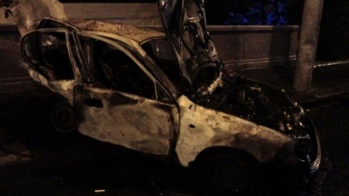 Украинский полицейский протаранил патрульных на личной машине и сгорел заживо вместе с пассажиркой