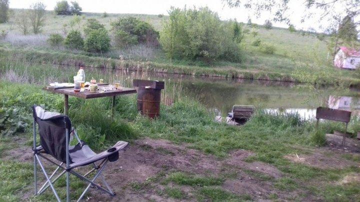 Массовое убийство в Украине: арендатор пруда расстрелял семерых рыбаков (ФОТО)