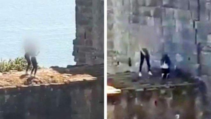 В Шотландии засняли двух девушек, которые танцевали на руинах крепости для соцсетей