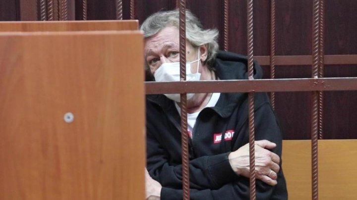 Российский актер Михаил Ефремов написал покаянное письмо из СИЗО